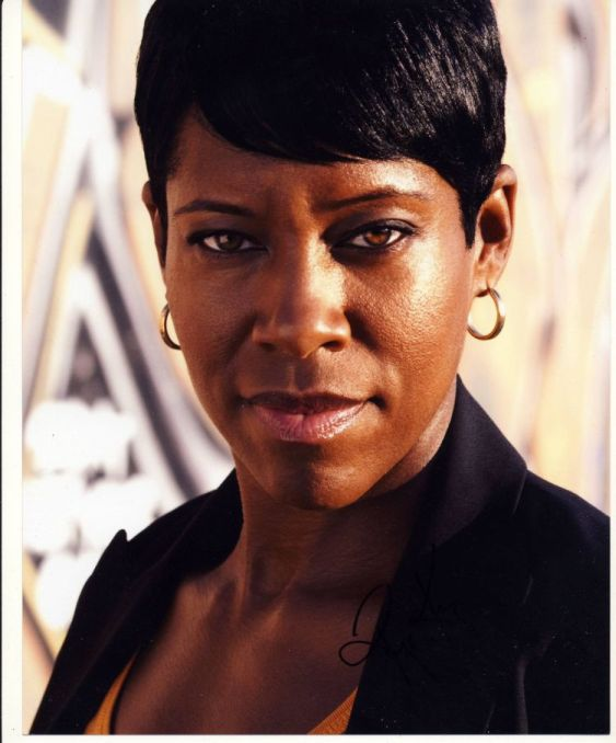 Regina King Autograph SOUTHLAND Signed 10x8 Photo (3808)