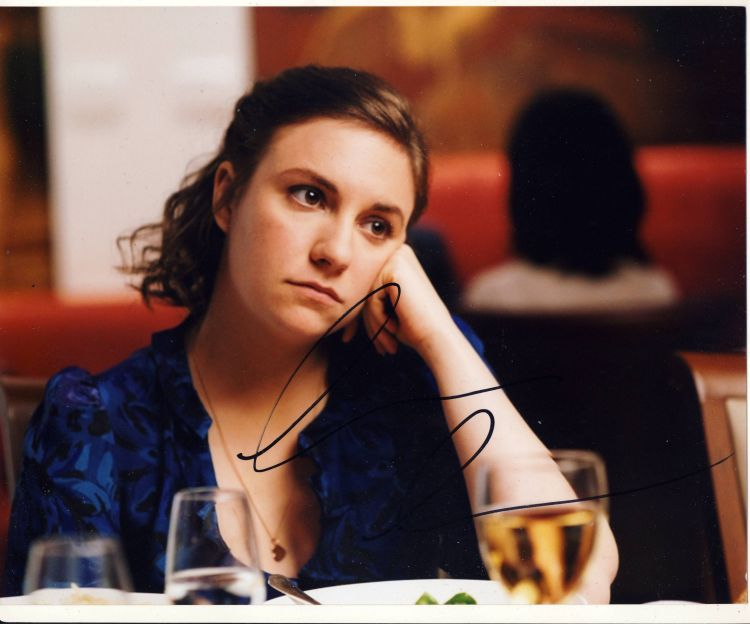 Lena Dunham Autograph Signed 8x10 Photo